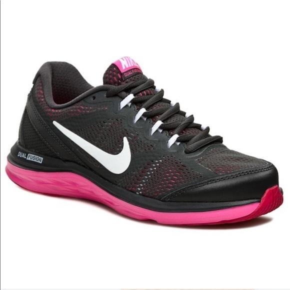 Nike Shoes | Nike Dual Fusion Run 3